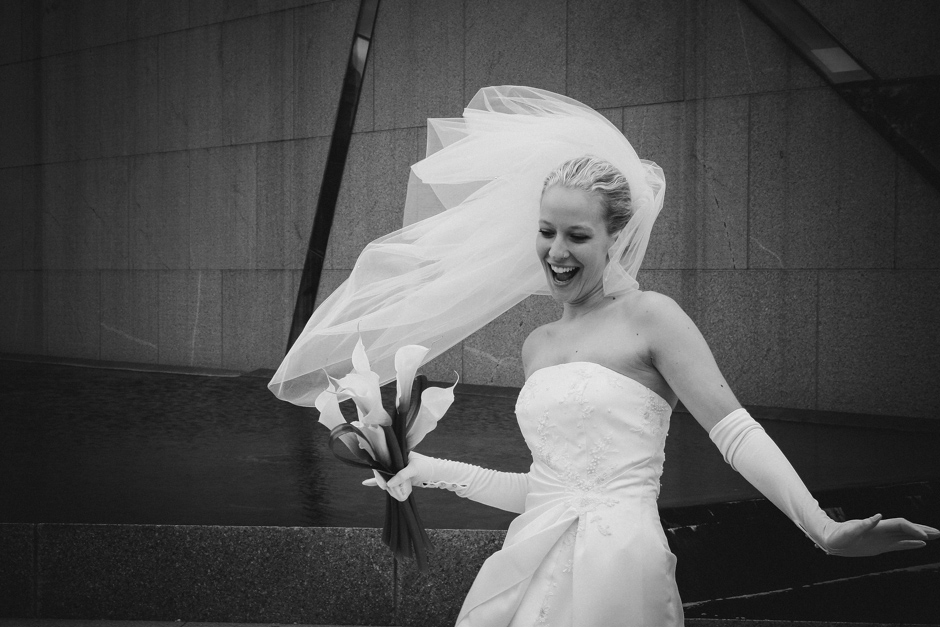 Chicago Wedding Photographer: Brita