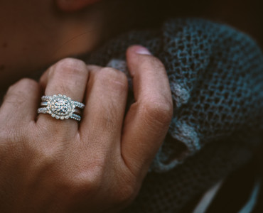 Chicago Engagement Photos: Virtu's Anne Sportun Fine Jewellery Trunk Show